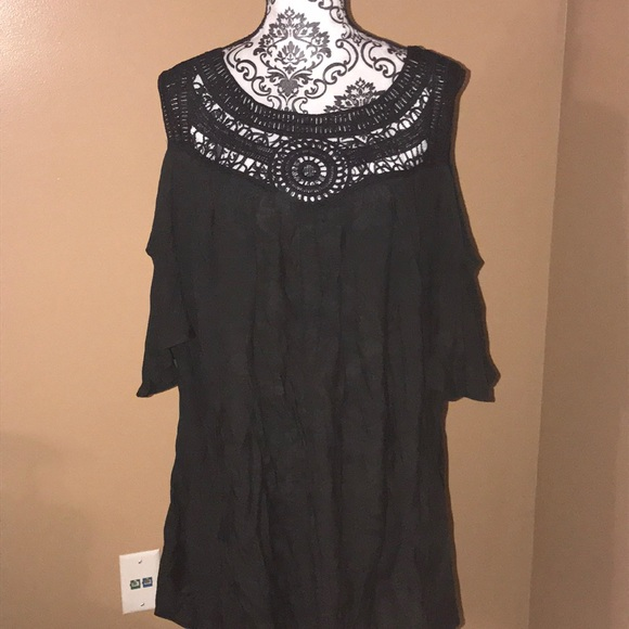 056f2548f6 Catalina Other - NWOT Swim Coverup with Cold Shoulder CutOuts